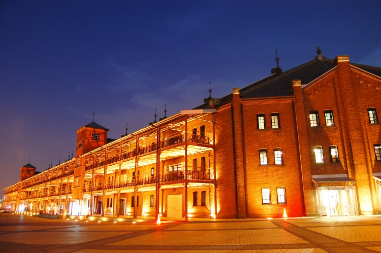 red_brick_warehouse_night.jpg